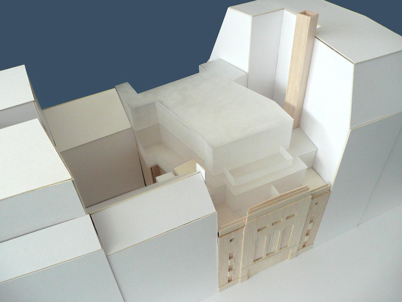 trafalgar_studios-model-photo1010479