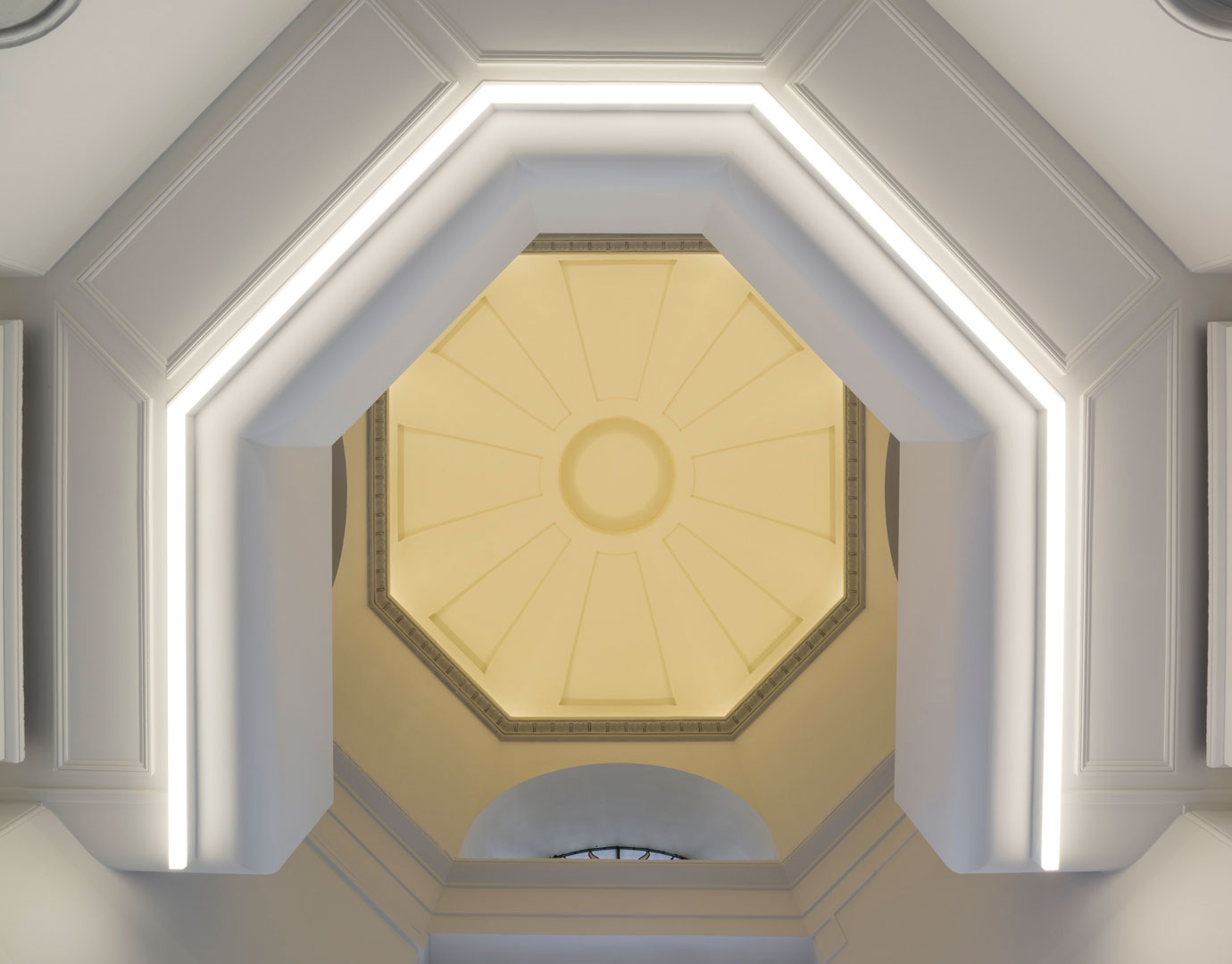 35_Cosway_street-Gilbert_McCarragher-cupola
