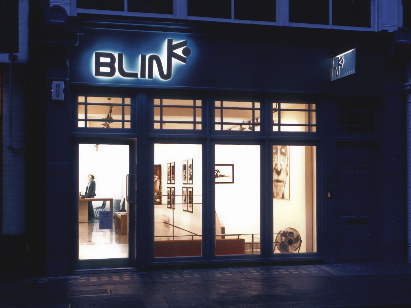 blink_gallery-photo_front